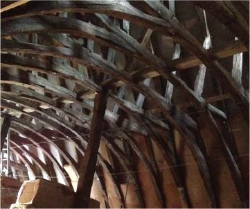 La voûte du cellier Saint-Pierre à Troyes révèle son lambris du XVIe